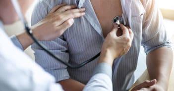 Quels paramètres contre-indiquent la reprise du travail après un événement cardiovasculaire?